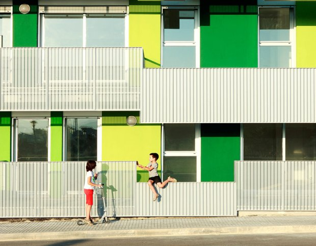 social housing by bailo and rull