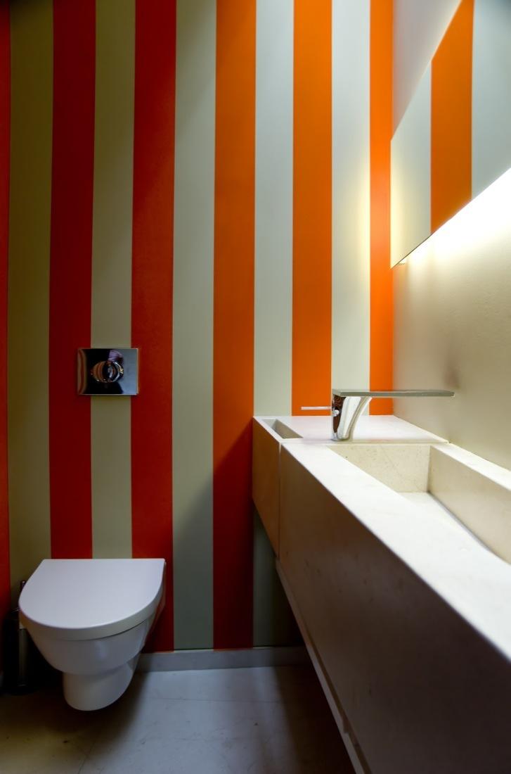 Cantagua House by Daniela Uribe Architects bathroom