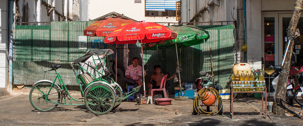 Street Photography in Phnom Penh, Cambodia by Tim Kelsall - open air kiosk at Street 51